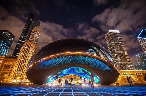 "Anish Kapoor: ""Cloud Gate"" & 'Luftwerk' (Petra Bachmaier and Sean Gallero) 
