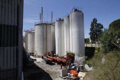 Pyrénées-Orientales : entre 500 et 800 000 litres de vin disparus d'une coopérative | Images et infos du monde viticole | Scoop.it