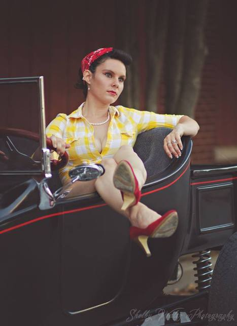 Pin Up Girl Vivian Vow WOW WOW!!! By Shelby Waltz Photography | Rockabilly | Scoop.it