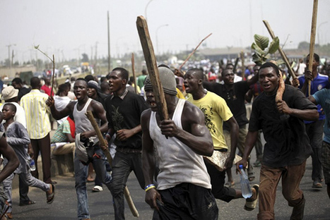 BREAKING NEWS: Yoruba Youths Protest, Request Nigeria Split-up as Fulani Attack More Yorubas in Lagos (FULL DETAILS + VIDEO) – tooAmple.com   World News   Scoop.it