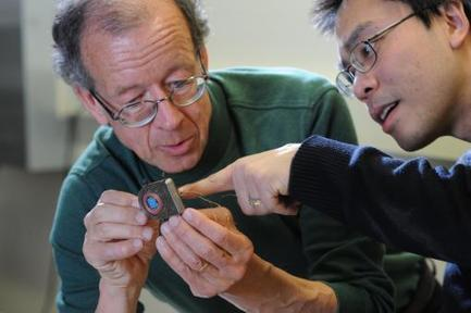Brown unveils wireless brain sensor prototype   Cybofree : Techno Social Issues for a Postmodern Transhuman Society   Scoop.it