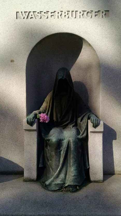 17 Terrifying Statues That Will Make You Never Want To Set Foot In A Graveyard Again | Strange days indeed... | Scoop.it
