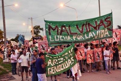 Ni violencia ni Monsanto: Democracia ya! - Ideas Casi Principales #argentina   Stop Monsanto   Scoop.it