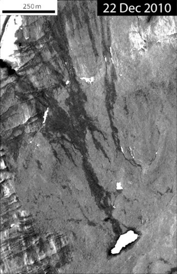 Planetary Geomorphology Image of the Month: Water tracks on ... | Year 8 Geography - Landforms and Landscapes | Scoop.it