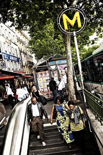 Kiosques à journaux : entre tradition et modernité | Tout fout le camp | Scoop.it