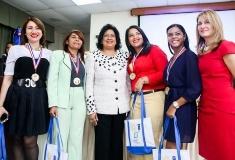 Comisión de Equidad de Género y PNUD premian a mujeres políticas | Genera Igualdad | Scoop.it