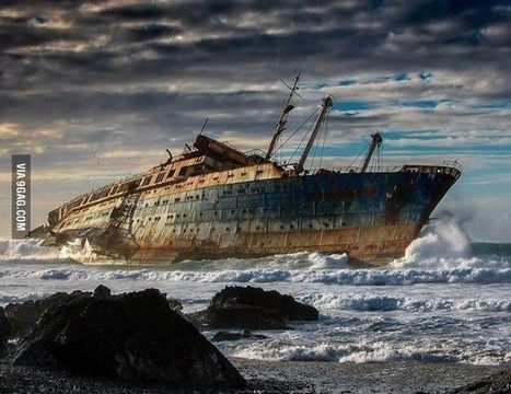 Abandoned ship in Spain. | Modern Ruins, Decay and Urban Exploration | Scoop.it