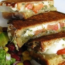 Mozerella Grilled Cheese with Basil Pesto Sauce – Pinterest Food | Food & Recipes | Scoop.it