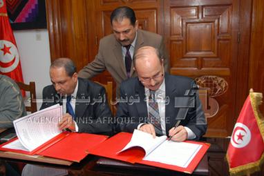 ضبط برنامج التعاون التونسي الجزائري في قطاع الصناعات التقليدية 2013-2015 - وكالة تونس افريقيا للأنباء | Coopération Tuniso-algérienne | Scoop.it