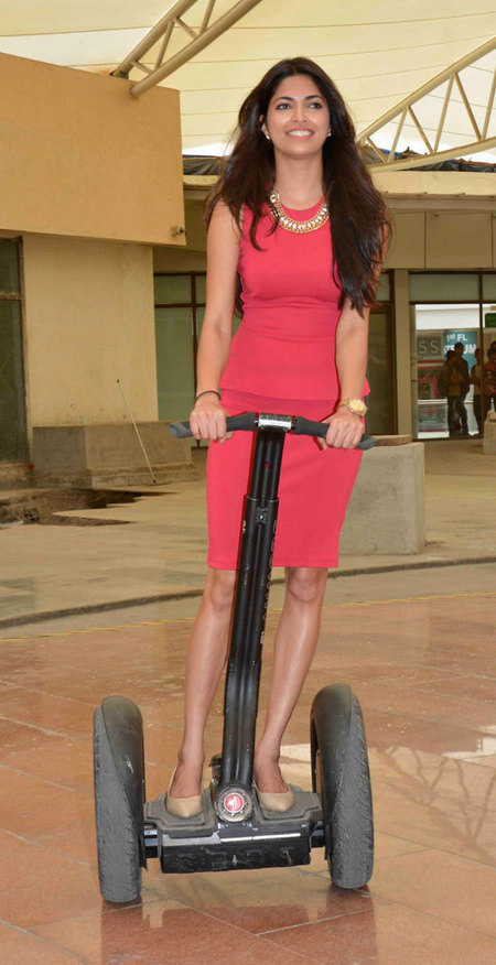 Mall Zee: M-Pop - Parvathy Omanakuttan Hosts an Amusing Afternoon at Phoenix ...      Mall Zee    Mall as Culture   Mall as Metaphor   Mall as Mall      Scoop.it