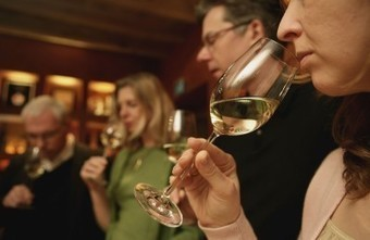 Here's to #Riesling with cheeses, sherry with ramen, and bubbly for no reason | Vitabella Wine Daily Gossip | Scoop.it