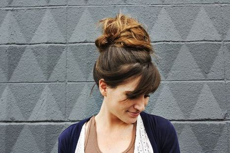 Recogido con efecto despeinado en 6 sencillos pasos - BELLEZA PURA | Cortes y Peinados | Scoop.it
