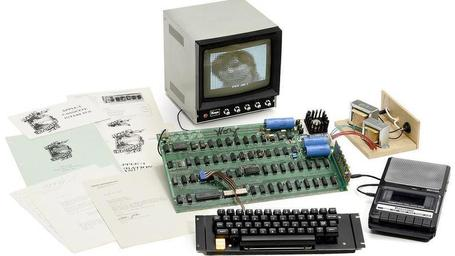 Ultra-rare Apple I computer up for auction | Technoculture | Scoop.it