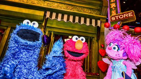 Denizens of 'Sesame Street' Adapt to an Upscale TV Neighborhood | Kickin' Kickers | Scoop.it