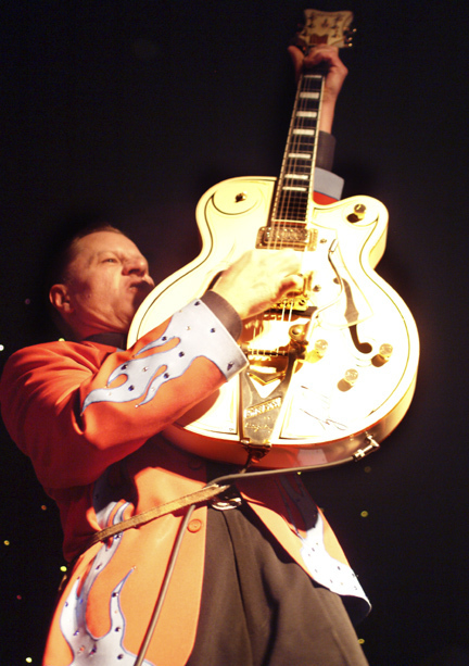 The Reverend Horton Heat Makes Out a Legacy atHootenanny | Rockabilly | Scoop.it