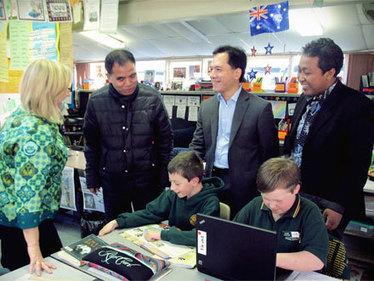 Senior Indonesian Journalists Visit Australia - Australia-Indonesia Institute - Australian Government Department of Foreign Affairs and Trade | BRIDGE Media 2013 | Scoop.it
