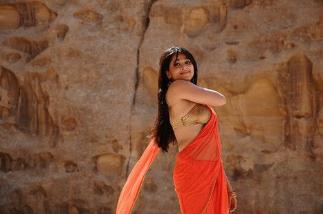 indian filmy actress: Anushka Shetty in hot sexy red saree | tollywood actress | Scoop.it