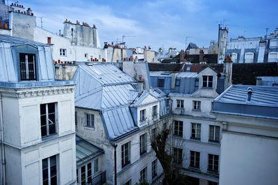 Taxe micro-logements : nouveau seuil de loyer, jusqu'à 40% de taxation | Bye Bye France | Scoop.it