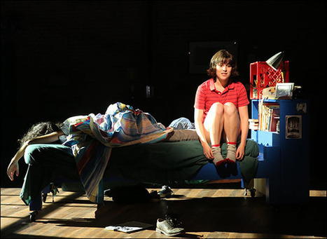 """Alison Bechdel's """"Fun Home"""" Will Now Be a New York Musical 