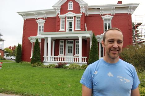 Québec - Hugo Le Sage réalise un rêve à Yamachiche : restaurer la maison construite par l'un des ses ancêtres en 1881 | Nos Racines | Scoop.it
