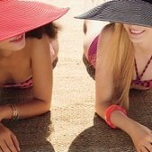 Six Ways To Soothe Sun-Exposed Skin This Summer | beauty trends | Scoop.it