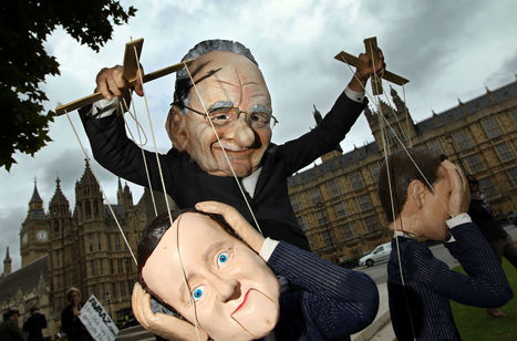 David Cameron popped round to Rupert Murdoch's flat for Christmas drinks | Camerons Disasters | Scoop.it