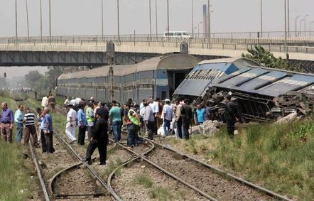 27 dead in Egypt bus, train accidents before holiday | Railway's derailments and accidents | Scoop.it