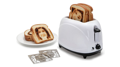 Toast Your Face Onto A Piece Of Bread With The Selfie Toaster | Killer Gift Ideas for All | Scoop.it