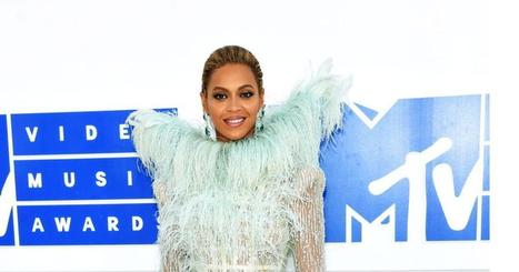 VMAs 2016: Best and worst red carpet looks at MTV's Video Music Awards | Business Video Directory | Scoop.it