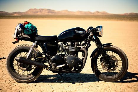 A Triumph Bonneville in .. . . a desert solitary run   Triumph Classic   Scoop.it
