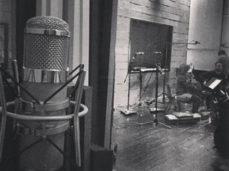 Technique: Zola Jesus - 'Versions'   music journalism   Scoop.it