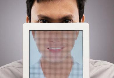 Faites le choix : sourire fake ou mauvaise humeur assumée ? - Dynamique Entrepreneuriale | joie bonheur santé | Scoop.it