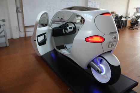 TONY POTTS:(I Wanna Drive/Ride!) A 2-wheel car? Or Untippable Motorcycle? (Video)   TonyPotts   Scoop.it