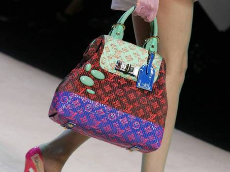 High-end fights to get sales in the (hand)bag | BUSS4 BUSINESS ENVRIONMENT & CHINA | Scoop.it