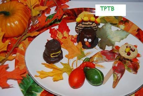 Parent & Child Hand Turkeys and Thanksgiving Food Crafts! | The Preschool Toolbox Blog | Crafting and Crafts | Scoop.it