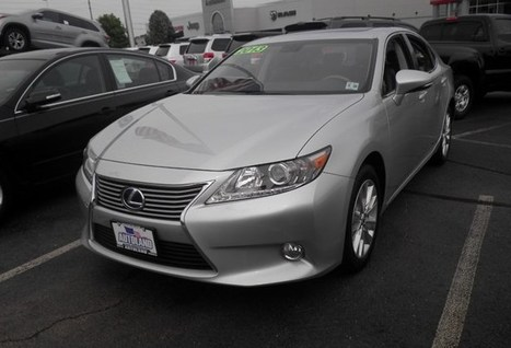 Used 2013 Lexus ES 300h | Toyota Models | Scoop.it