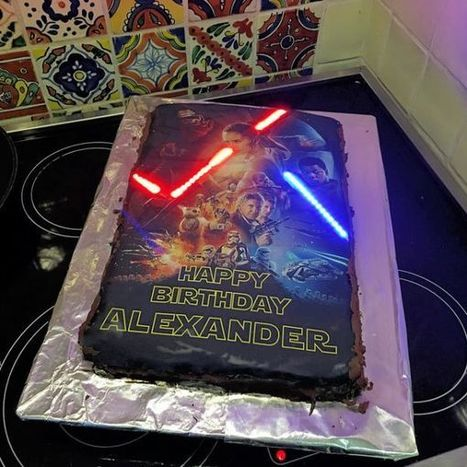 How to Make a Light-Up Lightsaber Cake | Raspberry Pi | Scoop.it