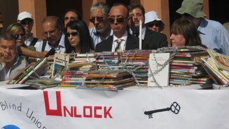 Flexibilizan derechos de autor para que ciegos lean - Clarín.com | bibliotecas,libros y literatura en Carlos Tejedor | Scoop.it