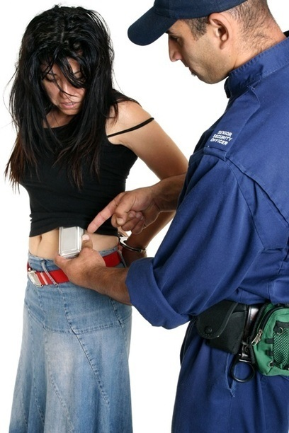 Teen Shoplifting: Minor Thrills, Major Punishment | Law Office of Kimberly Diego | Scoop.it
