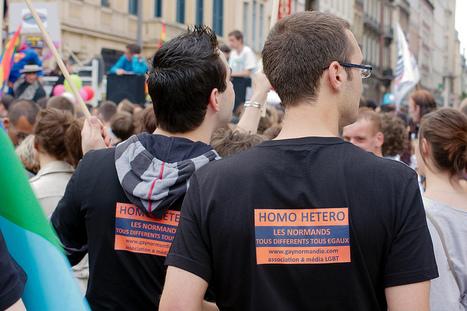 Marche des fiertés 2011 | Album Flickr chez @zigazou via @grand_rouen | Da Rouen et zalentours | Scoop.it