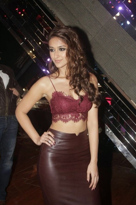 Ileana latest pictures in Leather Skirt and Designer Top - Happy Ending Promotions, Actress, Bollywood, Tollywood, Western Dresses | Indian Fashion Updates | Scoop.it