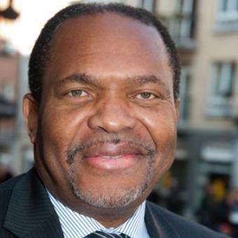 Luther King et Mandela se retourne dan leur tombe!! Plainte contre Mampaka pour insulte homophobe | Nous, PME, que l'on empêche de créer de la richesse pour tous! | Scoop.it