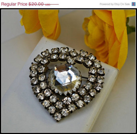 Vintage Large Art Deco  Rhinestone Heart  Brooch   vintage jewelry   Scoop.it