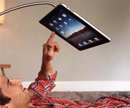 Hands Free iPad Stand - http://goo.gl/UHKnkd | Crazy Inventions | Scoop.it
