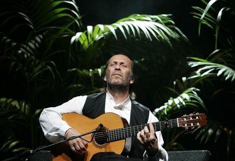 México rinde tributo a Paco de Lucía con flamenco y guitarras | Revista Arte y Bohemia | Scoop.it