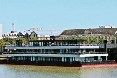 Bordeaux : un projet d'hôtel flottant sur la Garonne | Hospitality Sur et Sous l'eau | Scoop.it