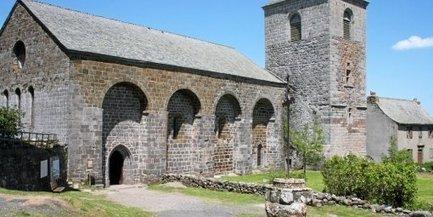 La Dômerie d'Aubrac et sa tour bientôt à l'Unesco ? | Revue de Web par ClC | Scoop.it