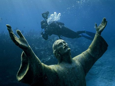 Incredible Christ of the Abyss Statue On The Italian Riviera   Living In Italy   Scoop.it