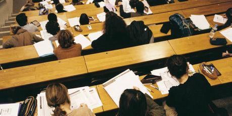 Noter ses enseignants, ce n'est pas pour demain - Le Monde   L'Enseignement Supérieur, quel avenir pédagogique ?   Scoop.it