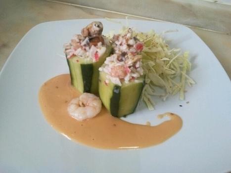 À Catanada na Cozinha: Pepinos recheados com Frutos do Mar e Cogumelos, molho de Marisco e salada | Foodies | Scoop.it